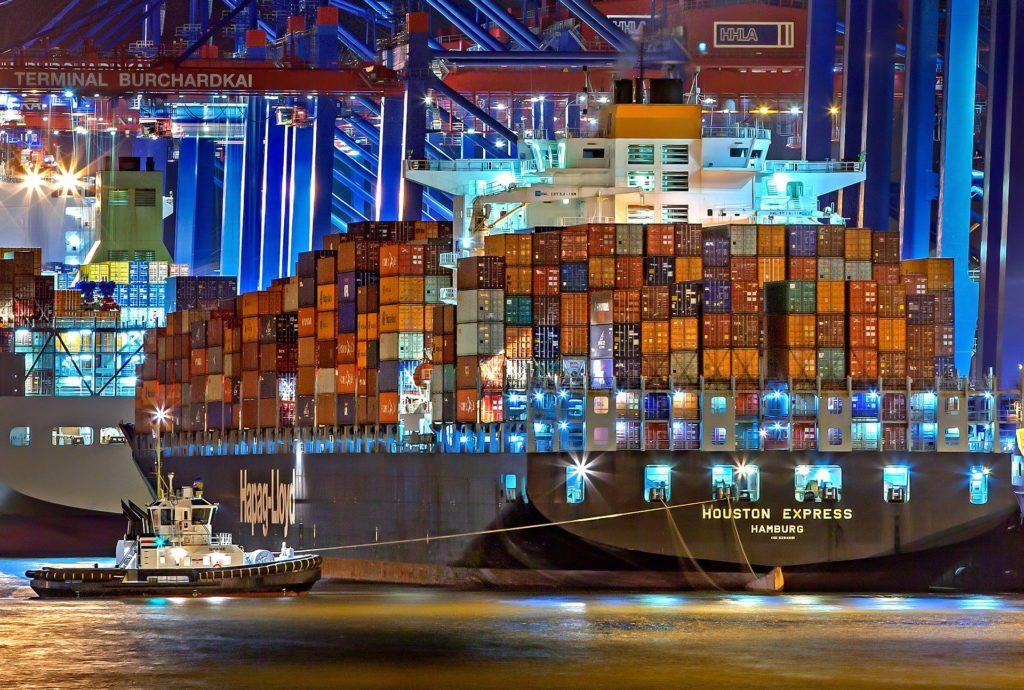 International moves to Hamburg